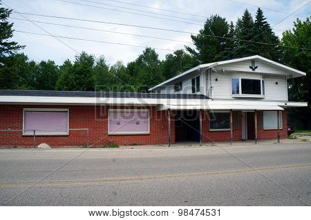 Former Crooked Lake Party Store