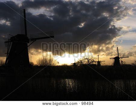 Dutch Windmills In Kinderdijk 3