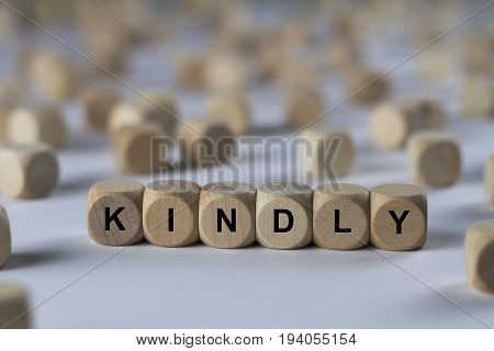 Kindly - Cube With Letters, Sign With Wooden Cubes