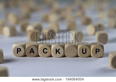 Pack Up - Cube With Letters, Sign With Wooden Cubes