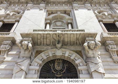 Porto City Hall facade detail located at Avenida dos Aliados. A Neoclassical building designed by the architect Antonio Correia da Silva construction started 1920. Porto Portugal.
