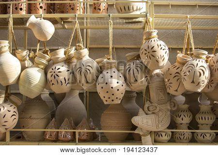 omani pottery o sale at Nizwa market