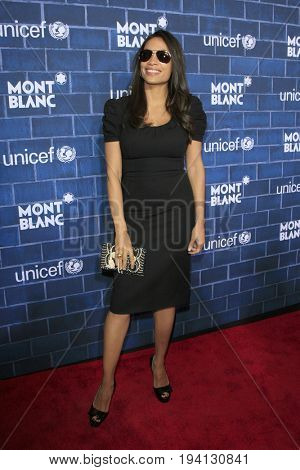 LOS ANGELES - FEB 23:  Rosario Dawson at the Pre-Oscar charity brunch by Montblanc & UNICEF at Hotel Bel-Air on February 23, 2013 in Los Angeles, CA