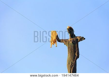 Batumi, Adjara, Georgia - May 27,2016: Batumi Adjara Georgia. Statue Of Medea On Blue Sky Background In Europe Square. Woman Holding Golden Fleece. In Greek Mythology Medea Was Daughter Of King Aeetes Of Colchis And Wife To Hero Jason