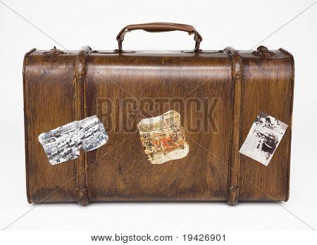 retro traveling bag