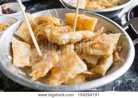 Roti Crispy roti bread in Thailand .
