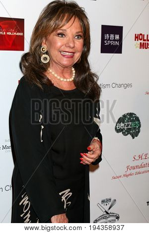 LOS ANGELES - FEB 26:  Dawn Wells at the Style Hollywood Oscar Viewing Dinner at Hollywood Museum on February 26, 2017 in Los Angeles, CA
