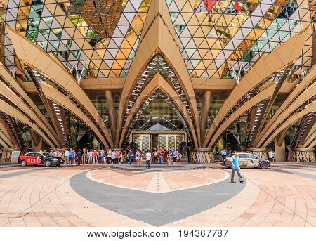 MACAU, CHINA - JULY 23, 2013: The Grand Lisboa Hotel on July 23, 2013 in Macau. This is a major tourist attraction in Macau.