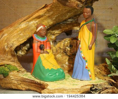 Kenya Nativity Scene With Wooden Statues With Colored African Ro