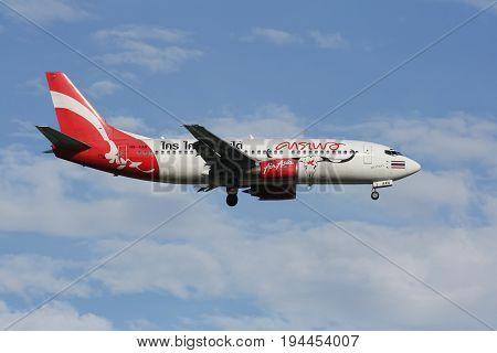 Hs-aan Boeing 737-300 Of Thai Airasia
