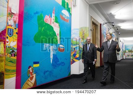 Petro Poroshenko And Rex Tillerson