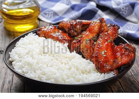 Rice With Tasty Glazed Chicken Wings