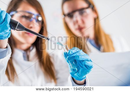 Using Micro Pipette In The Lab, Color Image, Tone Image