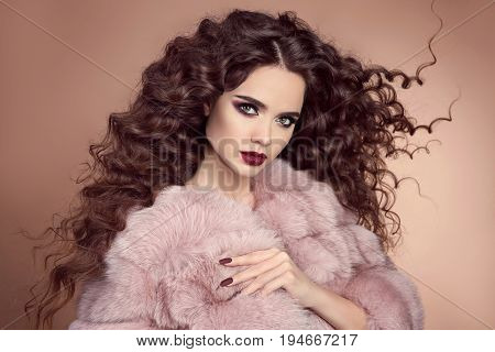 Healthy Hair. Glamour Portrait Of Beautiful Brunette Woman Model With Marsala Matte Lips And Long Cu