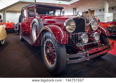STUTTGART GERMANY - MARCH 17 2016: Vintage car Stutz Vertical Eight Brougham 1927. Europe's greatest classic car exhibition