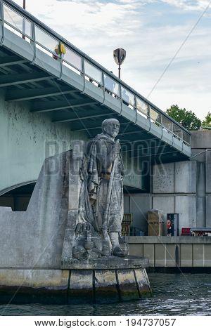 Pont De L'alma - Paris, France