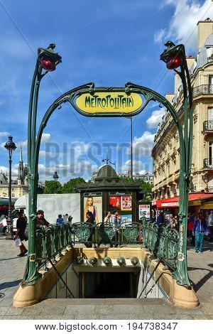 Metropolitain - French Subway