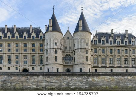 Castle Conciergerie - Paris, France