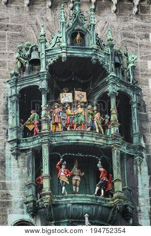 Rathaus Glockenspiel At Marienplatz