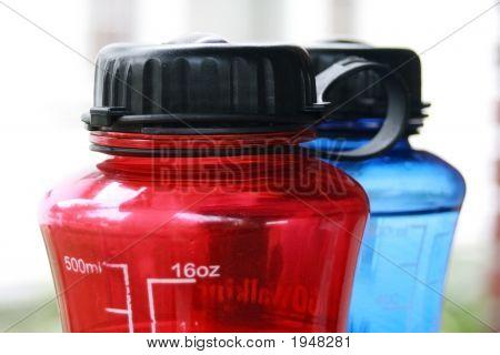 Sports Bottles - Close-Up