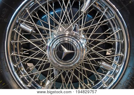 STUTTGART GERMANY - MARCH 17 2016: Wheel and brake system of full-size luxury car Mercedes-Benz 770K Cabriolet D (W07) 1931. Europe's greatest classic car exhibition