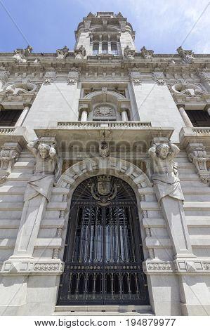 Porto City Hall facade perspective at Avenida dos Aliados. A Neoclassical building designed by the architect Antonio Correia da Silva construction started 1920. Porto Portugal.
