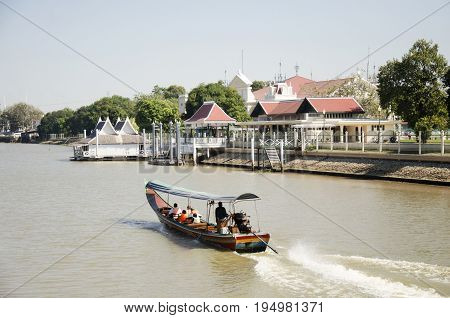 Thai People Drive Long Tail Boat Bring Travelers People Tour Around Chao Phraya River