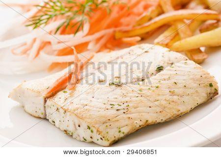 Barramundi Filet with Chips