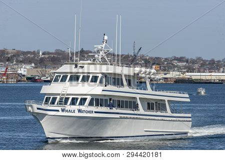 Fairhaven, Massachusetts, Usa - April 7, 2019: Whale Watcher Cruise Boat Heading Back To Hyannis To