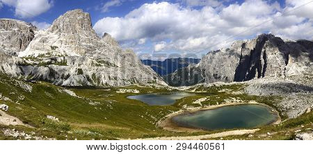 Wonderful View Of The Dolomites - Trentino Alto Adige On The National Park Sexten Dolomites (italy)