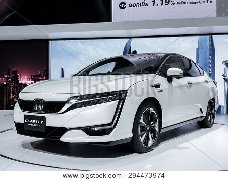 Nonthaburi, Thailand, March 2018 : Honda Clarity Fuel Cell On Display In Bangkok International Motor