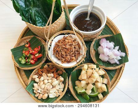 Miang Kham, Savoury Leaf Wraps Bite-size Appetizer