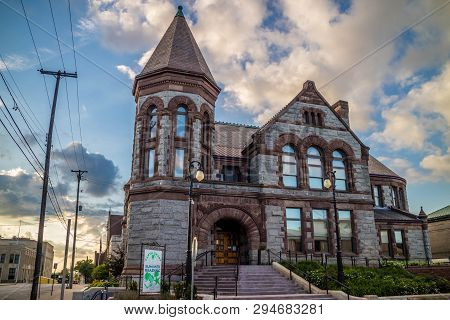 Muskegon, Mi, Usa - June 24, 2018: The Preserve Hackley Library In Town