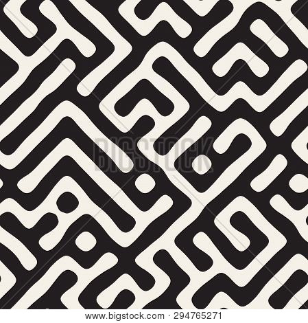 Vector Seamless Pattern. Monochrome Organic Shapes Texture. Abstract Rounded Messy Lines Stylish Bac