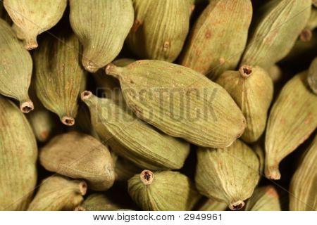 Green Cardamon Pods