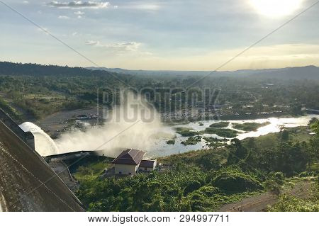 Concrete Dam Water For Hydro Electric Power