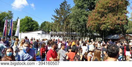 Sremska Mitrovica, Serbia, September 1, 2020. Meeting Of Parents And Children On The Day Of Knowledg
