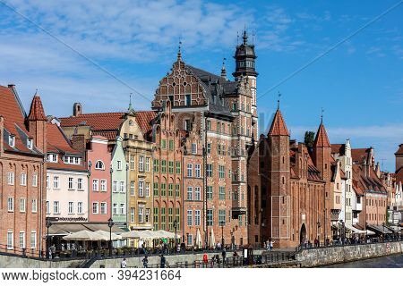 Gdansk, Poland - Sept 6, 2020: Gdansk, Old Town - Historic Tenement Houses With Gables On The Banks