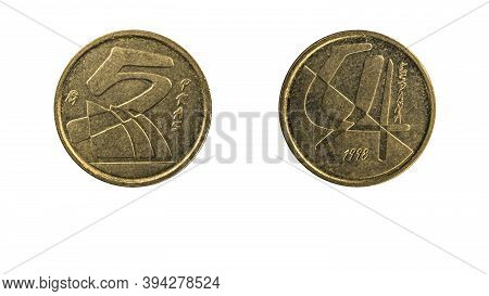 Authentic Spanish Coin 5 Pesetas Year 1998 Obverse And Reverse Side On White Background,macro Close