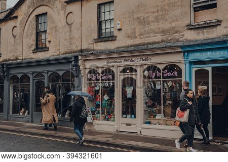 Bath, Uk - October 04, 2020: Row Of Shops On A Street In Bath, The Largest City In The County Of Som
