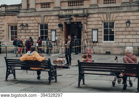 Bath, Uk - October 04, 2020: Street Musician Playing Violin On A Street In Bath, A City In The Count