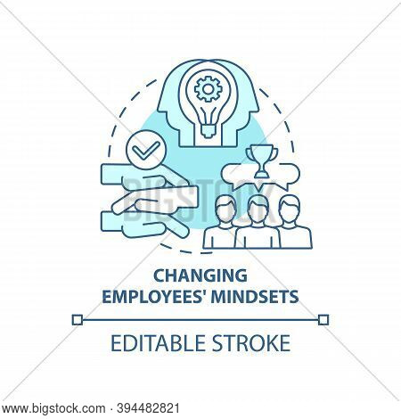 Changing Employees Mindsets Concept Icon. Business Consulting Task Idea Thin Line Illustration. Coac