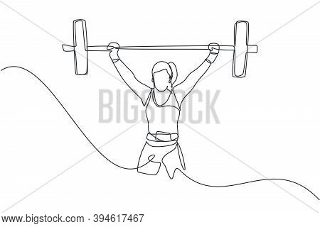 Single Continuous Line Drawing Of Young Strong Weightlifter Woman Preparing For Barbell Workout In G