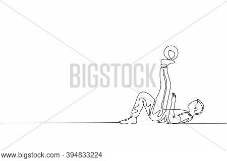 One Continuous Line Drawing Of Young Sporty Man Soccer Freestyler Practice Hold The Ball With Toe In
