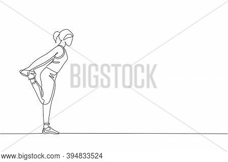 One Single Line Drawing Of Young Energetic Woman Exercise Stretching Pull Her Leg In Gym Fitness Cen