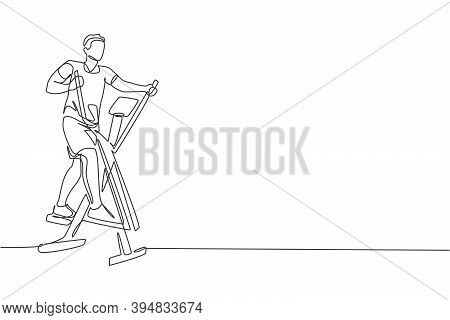 One Continuous Line Drawing Of Young Sporty Man Working Out With Elliptical Cross In Fitness Gym Clu