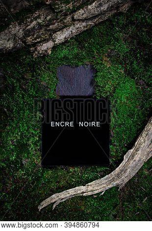 Kirov Russia 15 November 2020 Bottle Of Encre Noire, Lalique. A Men's Eau De Toilette. On A Backgrou