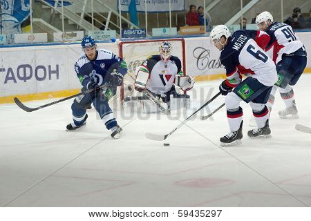 Mojzis Tomas (6) In Attack