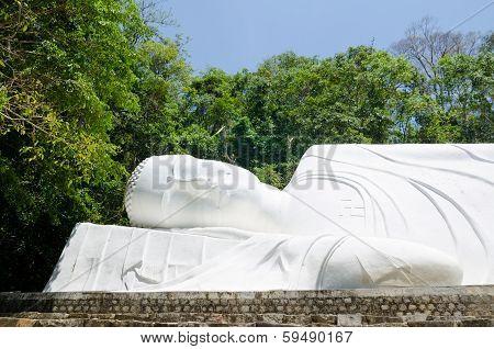 Sleeping Buddha, Vietnam