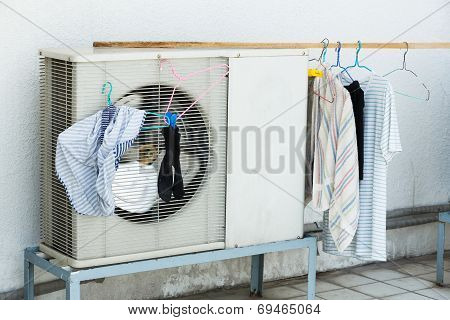 Drying By Airconditioner Heating Unit